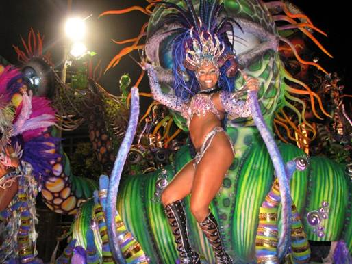 http://famouswonders.com/wp-content/uploads/2009/03/dancer-at-carnival-in-rio.jpg