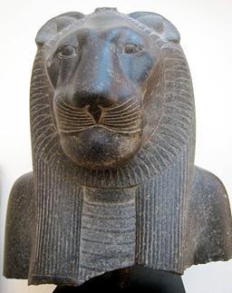 https://upload.wikimedia.org/wikipedia/commons/thumb/a/aa/Luxor_Sekhmet_New_Kingdom.JPG/400px-Luxor_Sekhmet_New_Kingdom.JPG