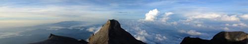 Mount_kinabalu_panorama