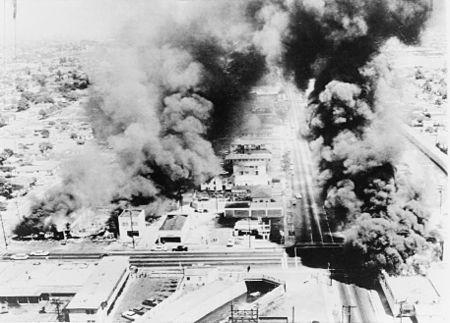 Wattsriots-burningbuildings-loc