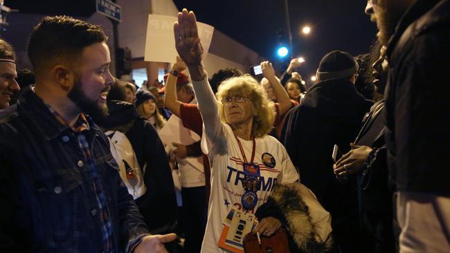 trump nazi salute